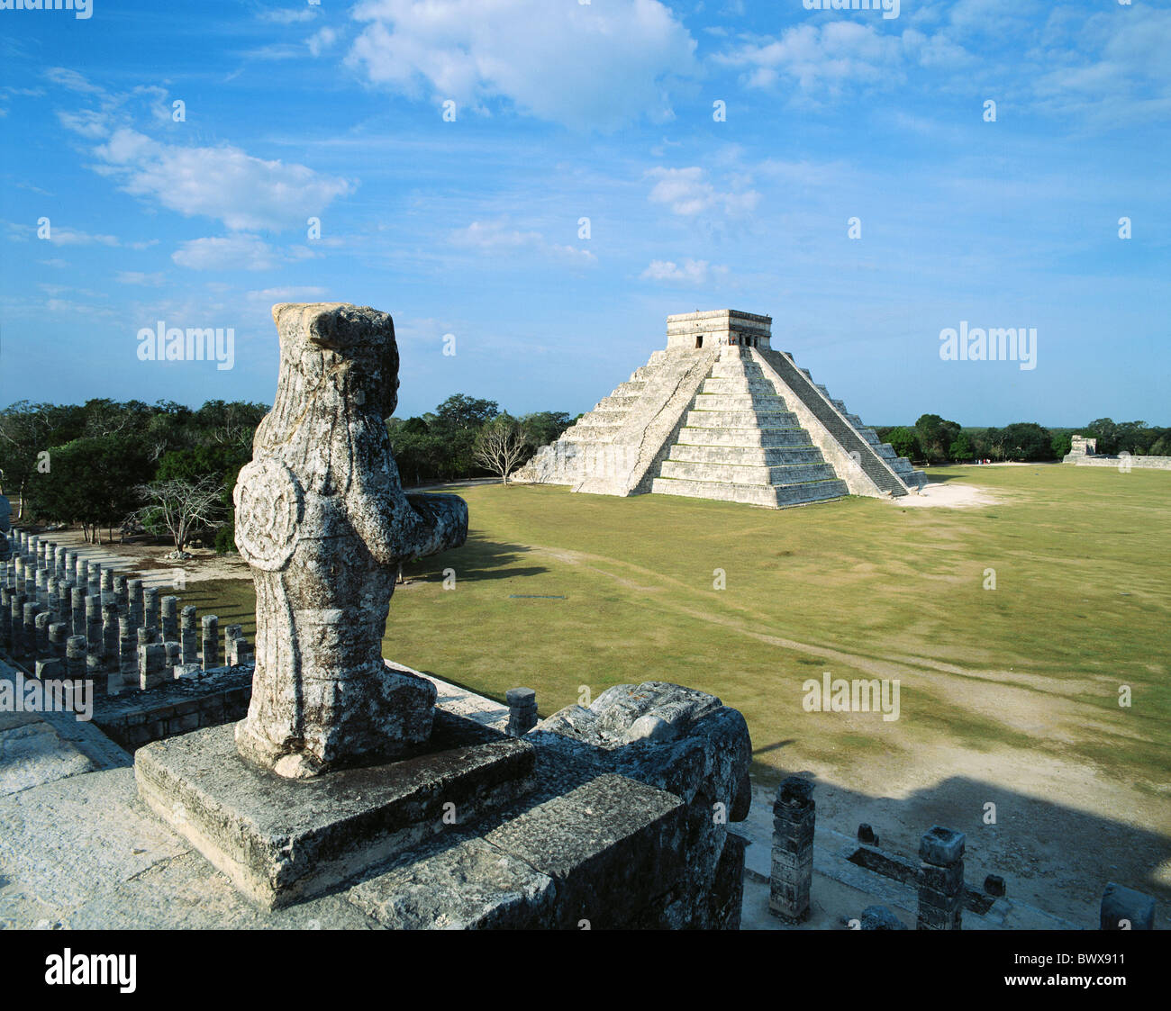 An overview of the mysterious temple and pyramids of the maya in mexico