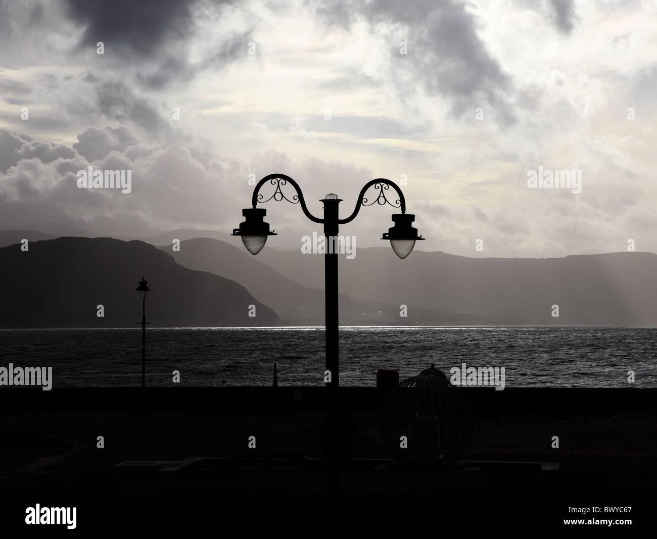 moody-view-llandudno-west-shore-overlooking-conwy-bay-north-wales-BWYC67.jpg