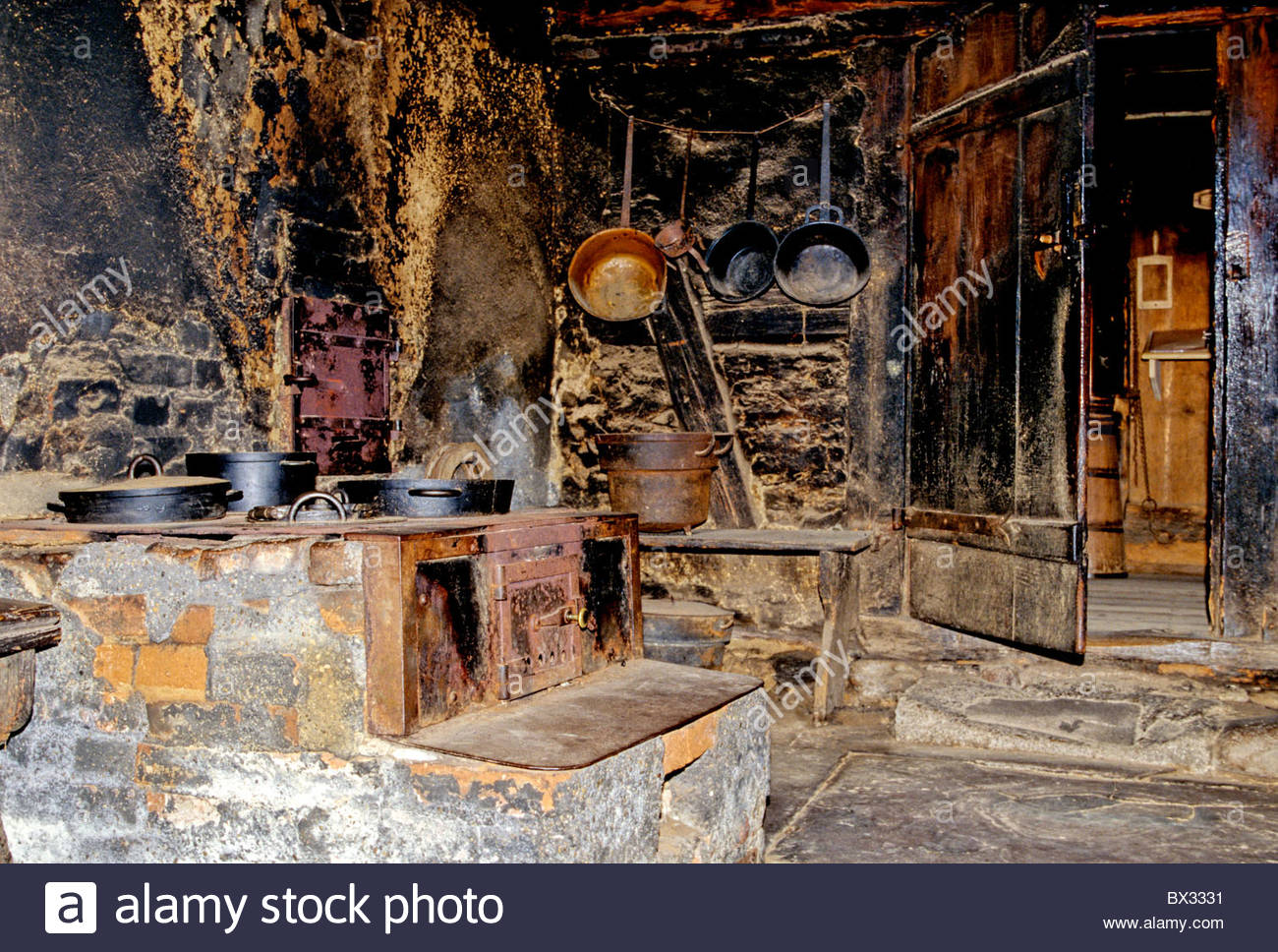 kitchen cuisine stove oven chimney fireplace oven cooker stove stock