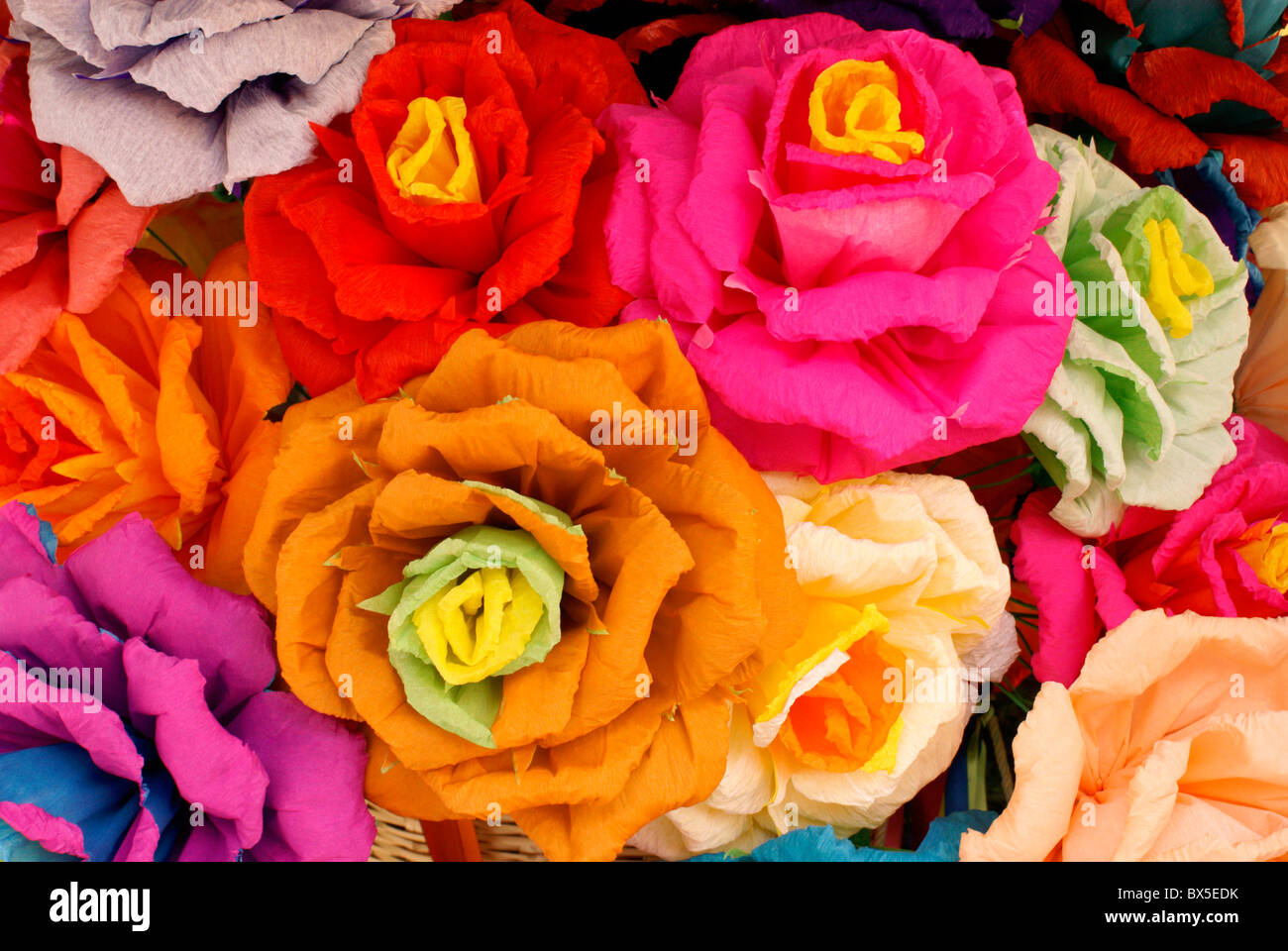 artificial-crepe-paper-flowers-in-san-mi