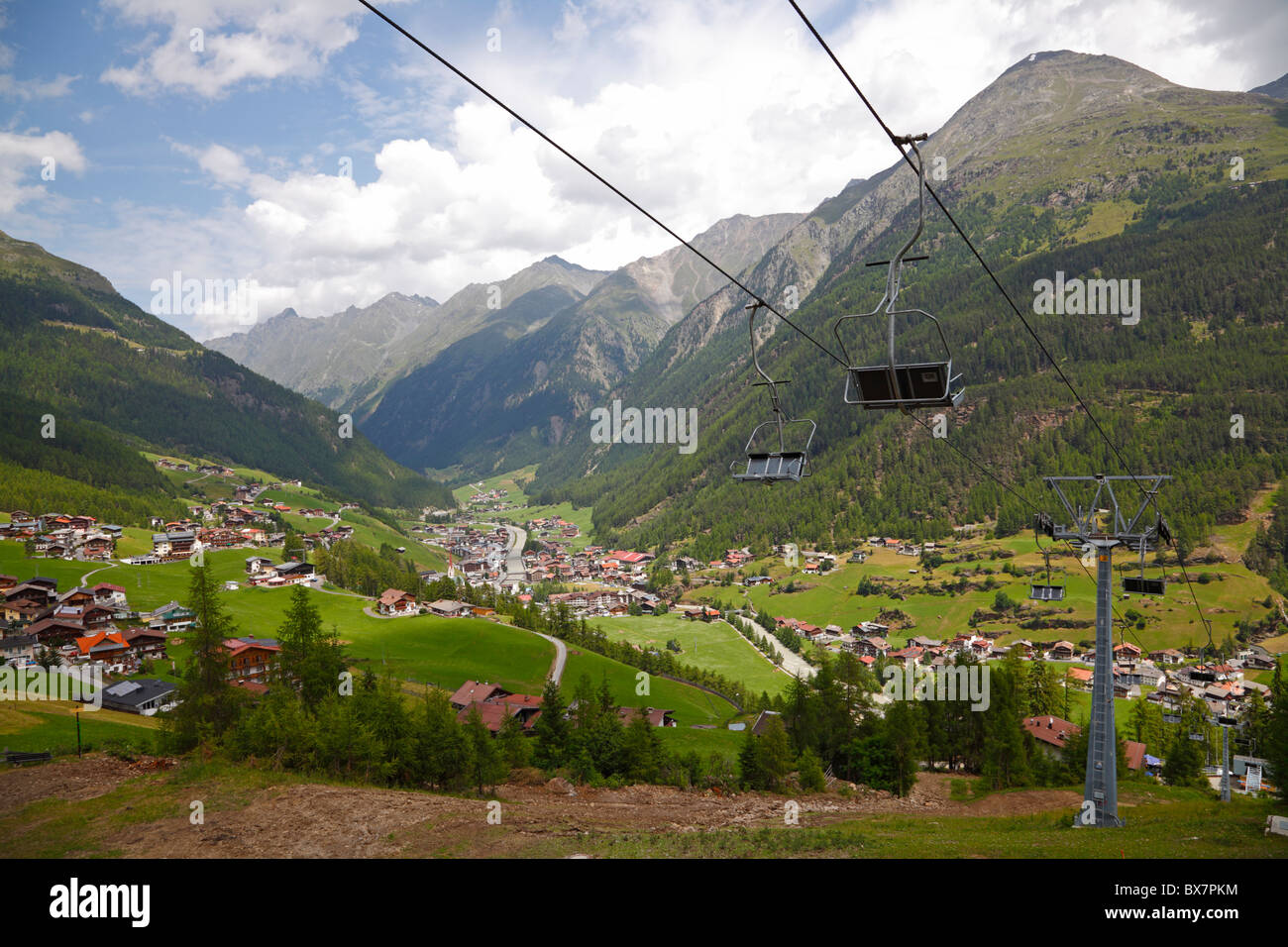 mountain-view-over-slden-tztaltyrol-aust