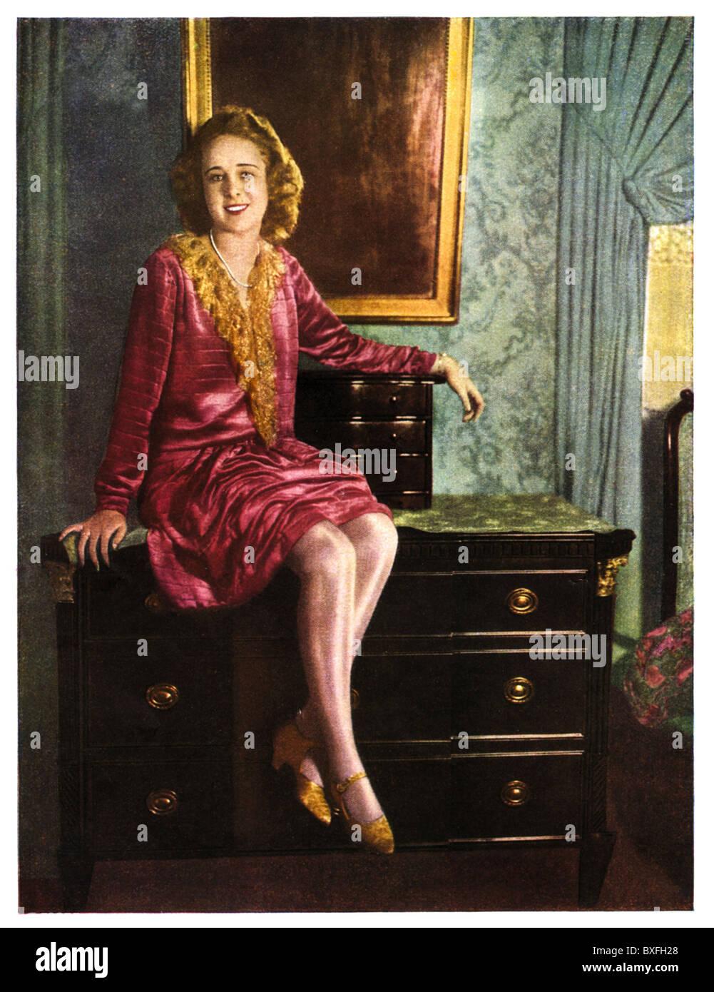 people, women, model posing with silk stockings, bemberg silk stock