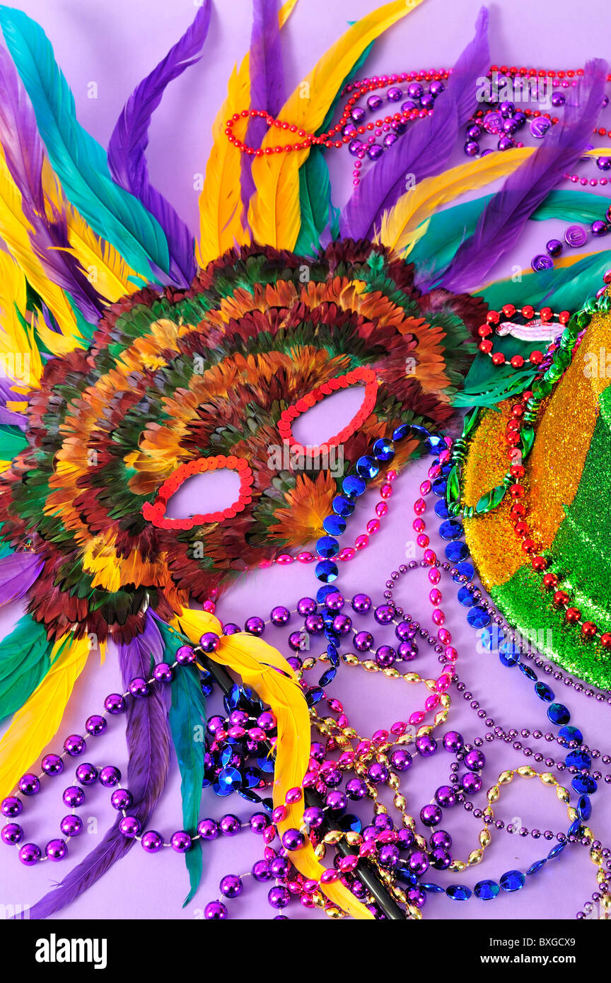 mardi-gras-still-life-feathered-masks-sh