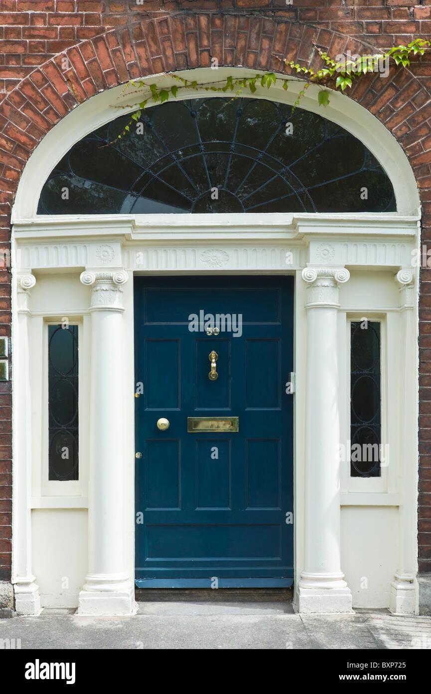 Georgian Architectural Style Front Door And Doorway In Merrion Stock