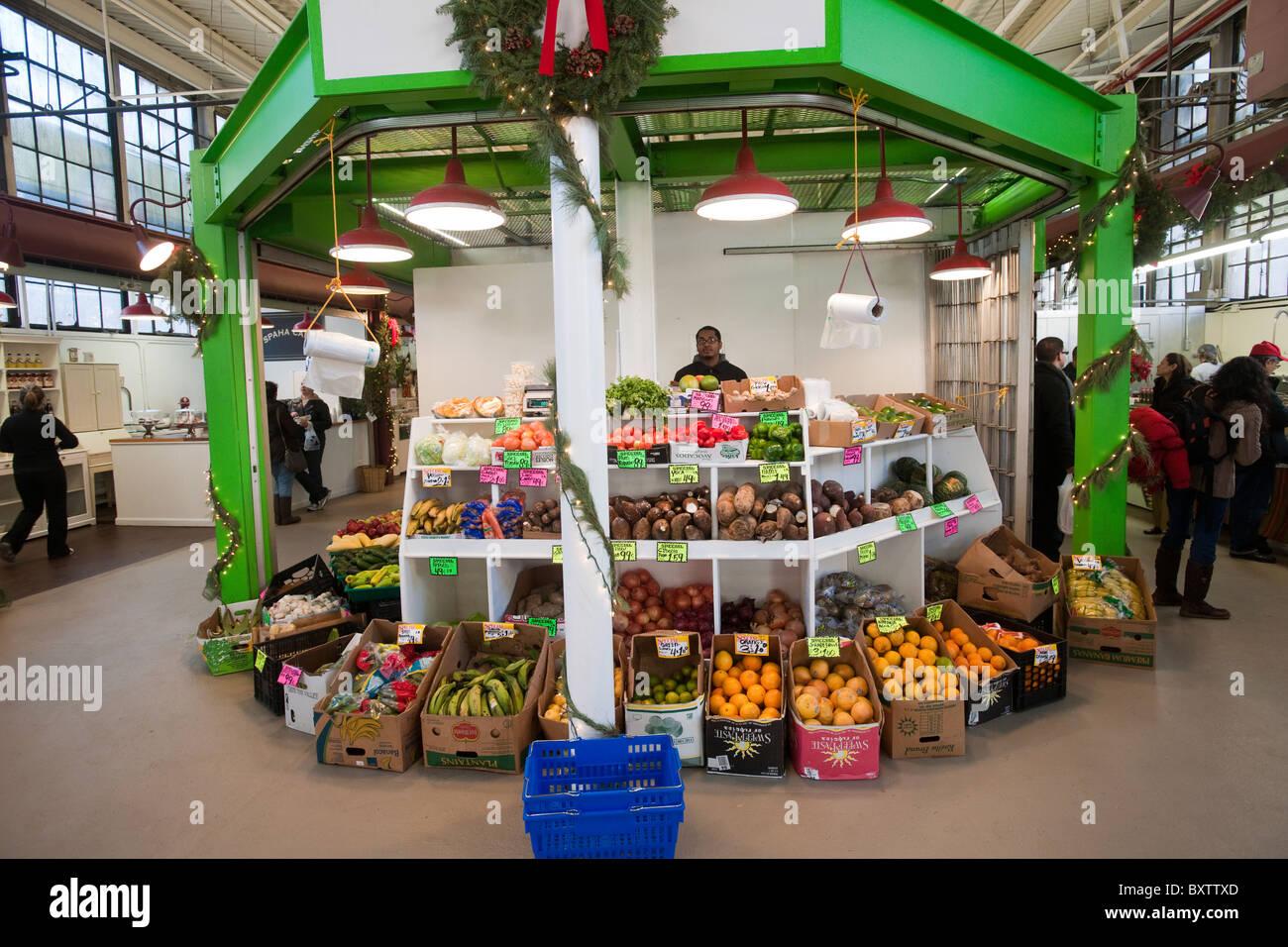 Produce stand in La Marqueta in the Spanish Harlem neighborhood of New York Stock Photo