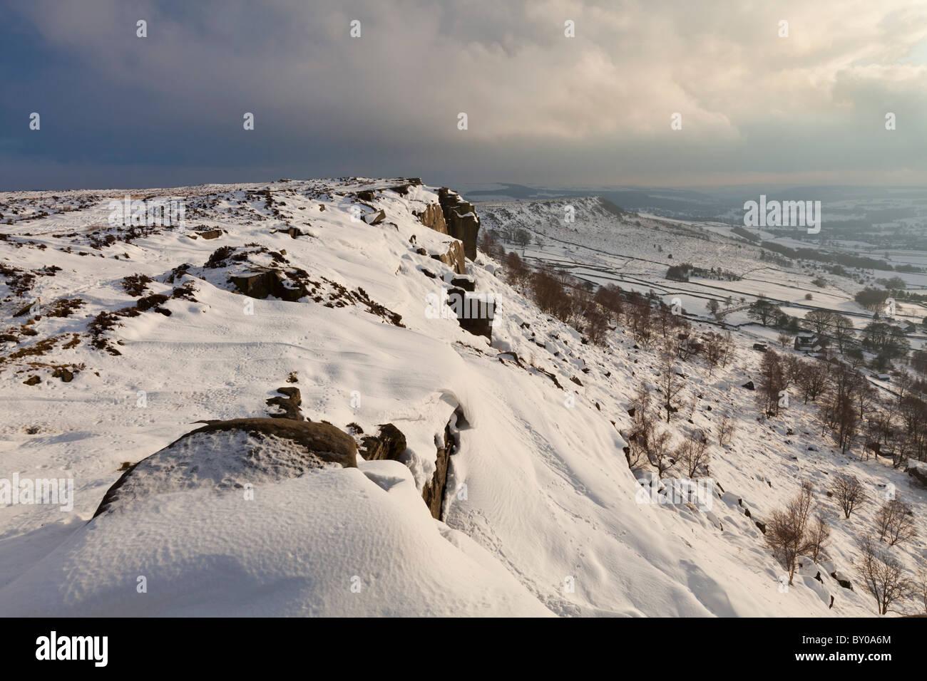 Froggatt edge countryside in the snow Derbyshire England GB UK EU Europe - Stock Image