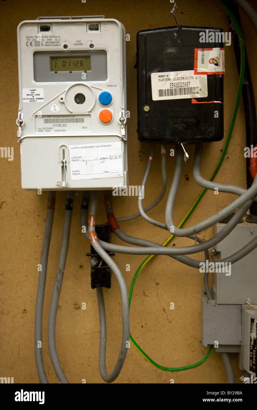 Electric Energy Meter Uk Stock Photos Amp Electric Energy