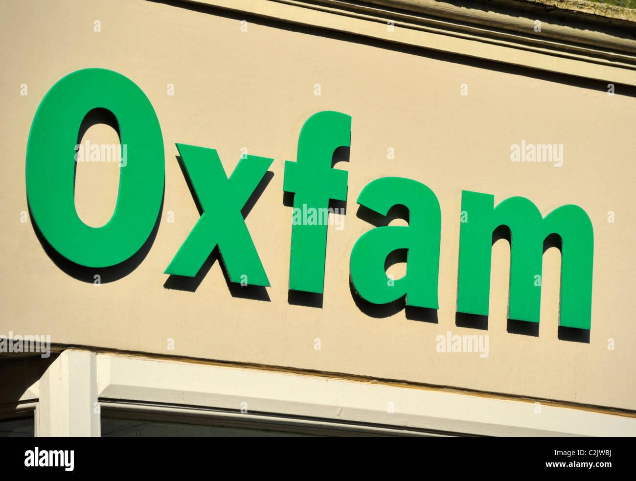 oxfam-bookshop-logo-penny-street-lancaster-lancashire-england-united-C2JWBJ.jpg