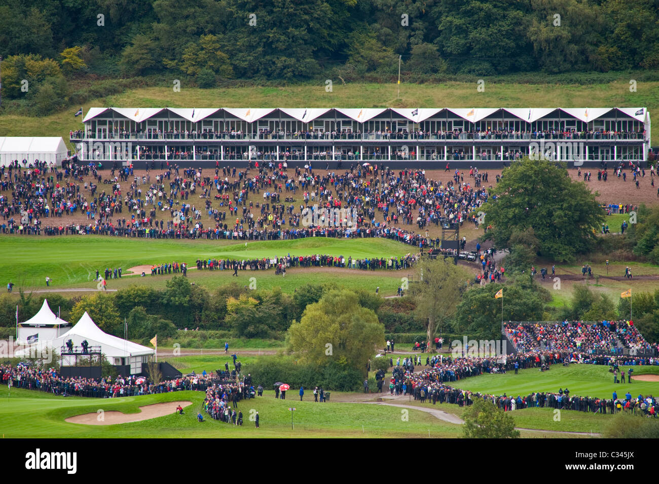 2010-ryder-cup-at-the-celtic-manor-resort-view-over-the-course-newport-C345JX.jpg