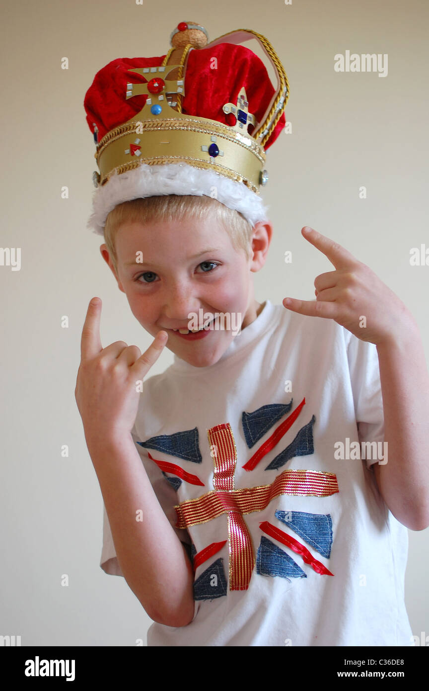 young-boy-wearing-home-made-crown-and-un