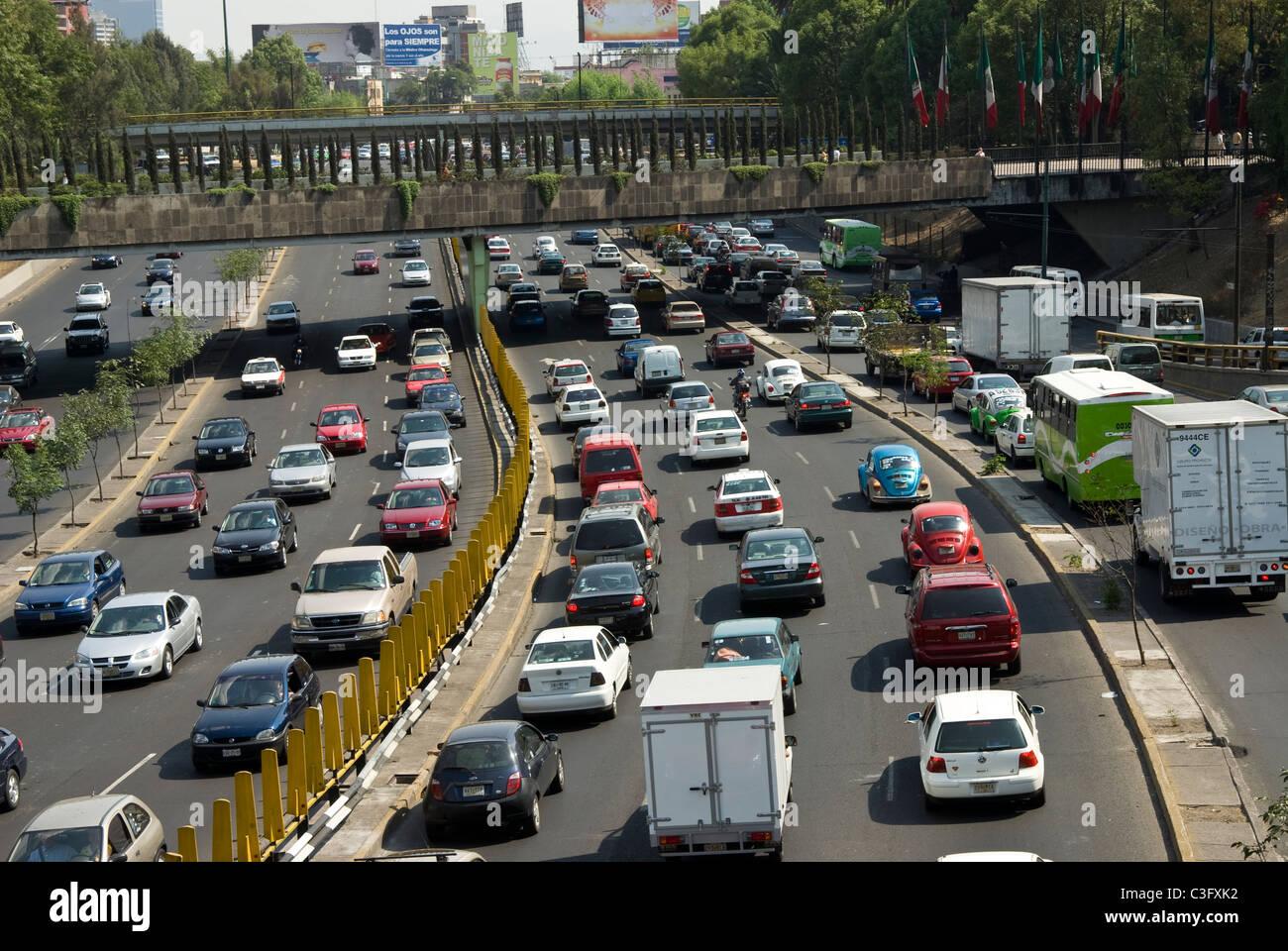 Circuito Y : Mexico mexico city road traffic in the circuito interior with