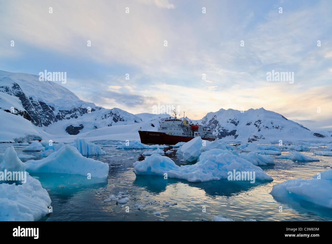 South Atlantic Ocean, Antarctica, Antarctic Peninsula, Gerlache Strait, Paradise Bay, Polar star icebreaker cruise - Stock Image