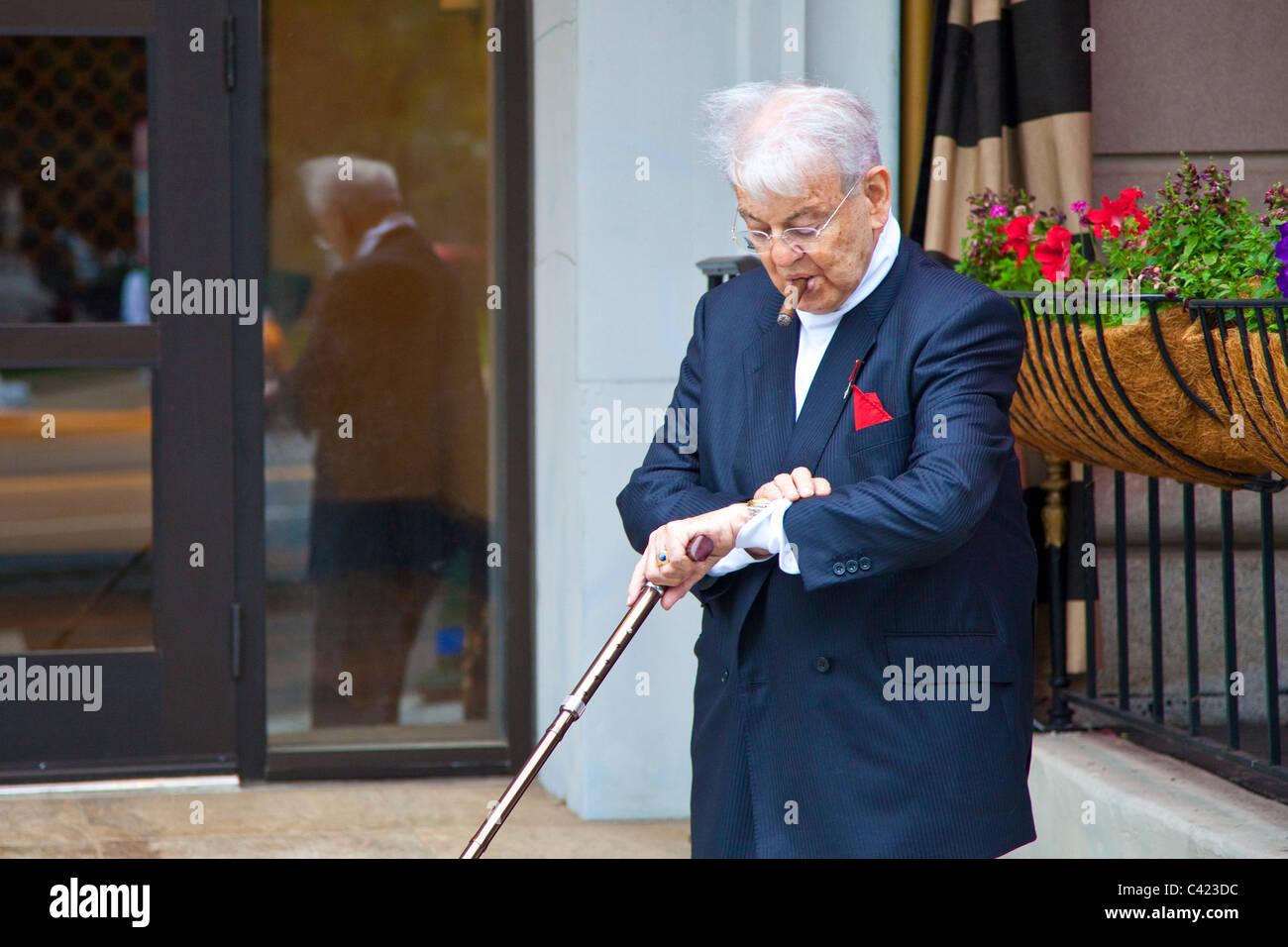 Wealthy elderly man in Washington DC - Stock Image