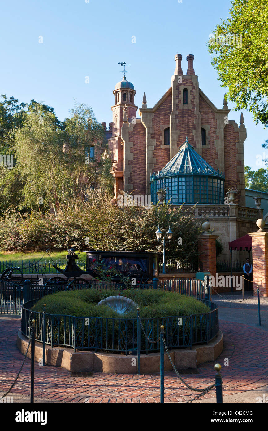 Haunted Mansion attraction ride in the Magic Kingdom at Disney World, Kissimmee, Florida - Stock Image