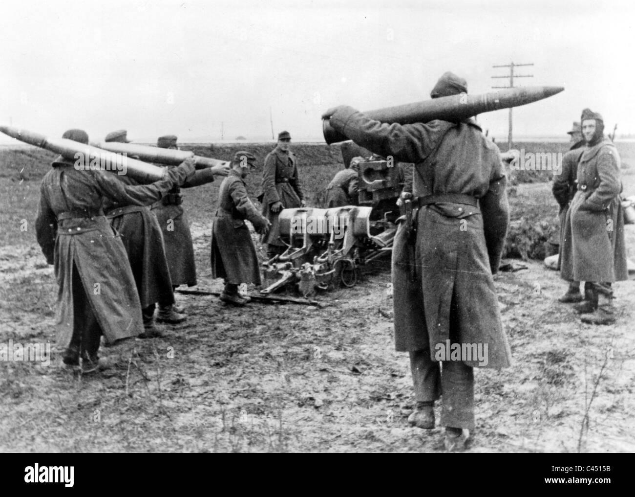 German 8,8cm antitank gun PAK 43 at Shitomir (Zhytomyr), December 1943 Stock Photo