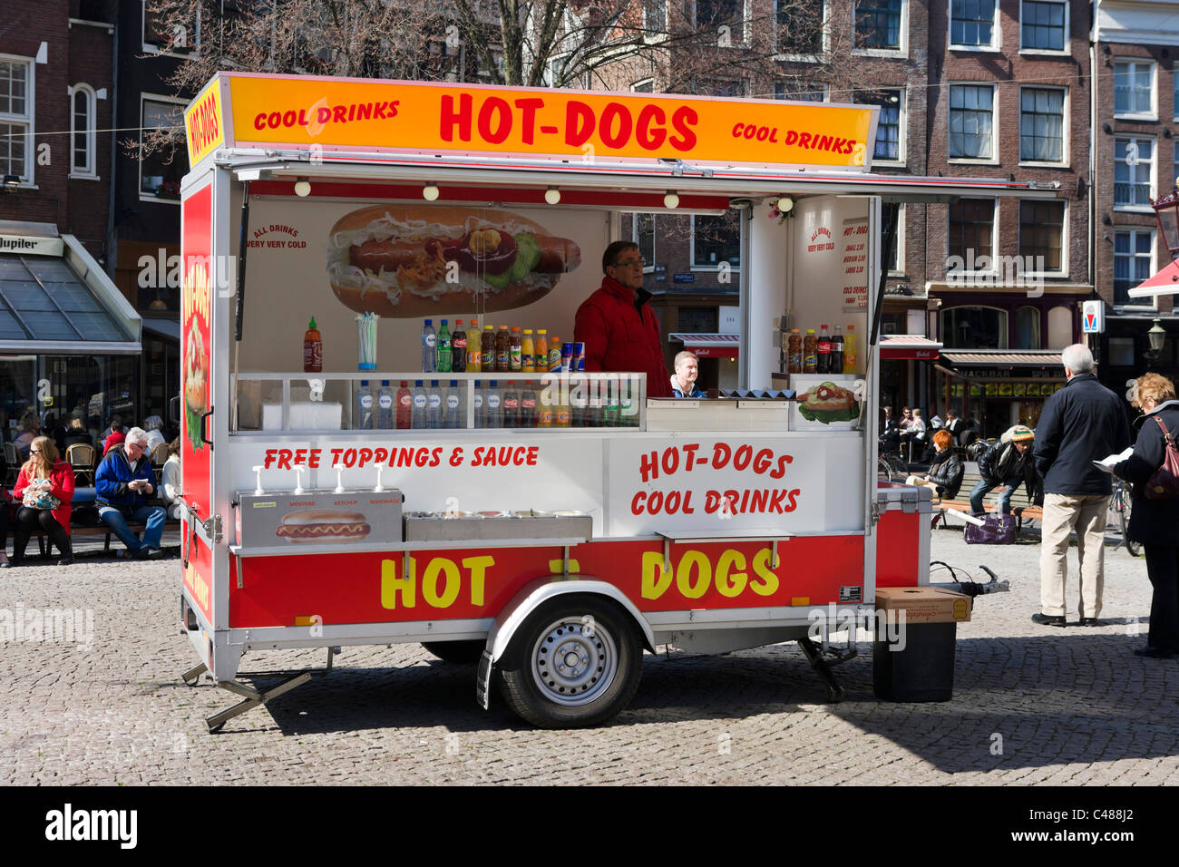 Lucky Dog Food Truck