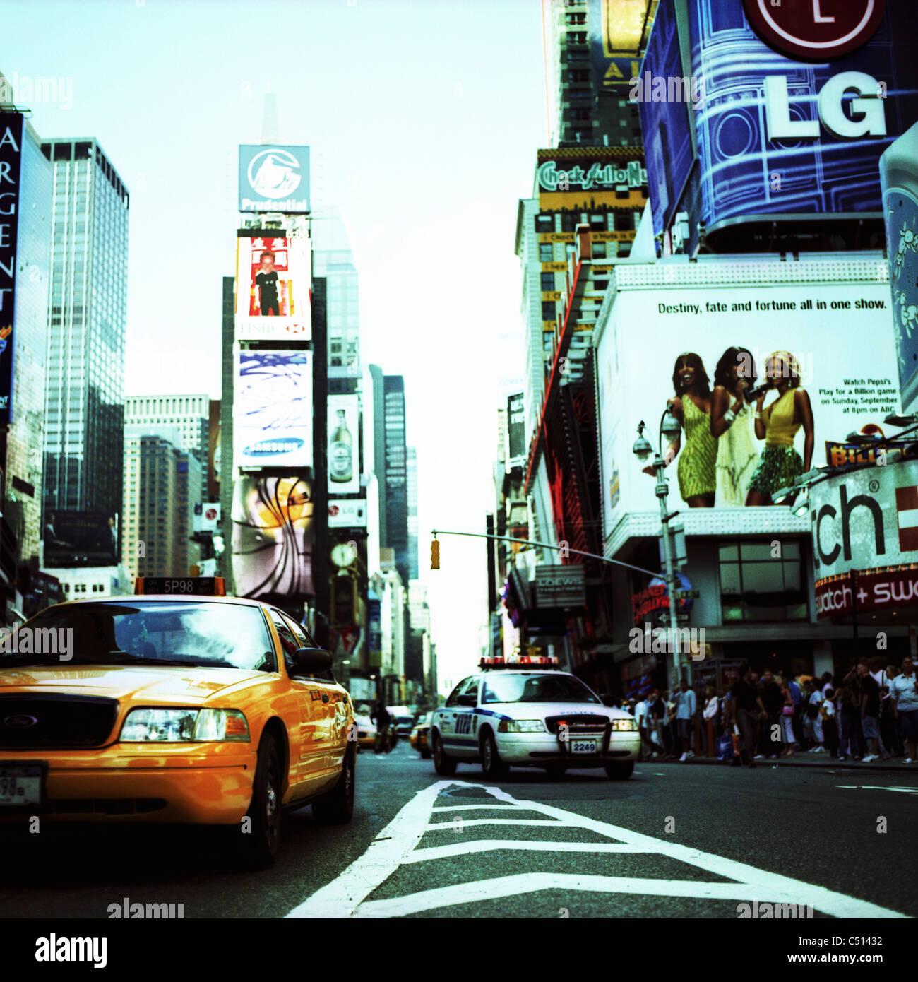 Busy street, Times Square, Manhattan, New York City, USA - Stock Image
