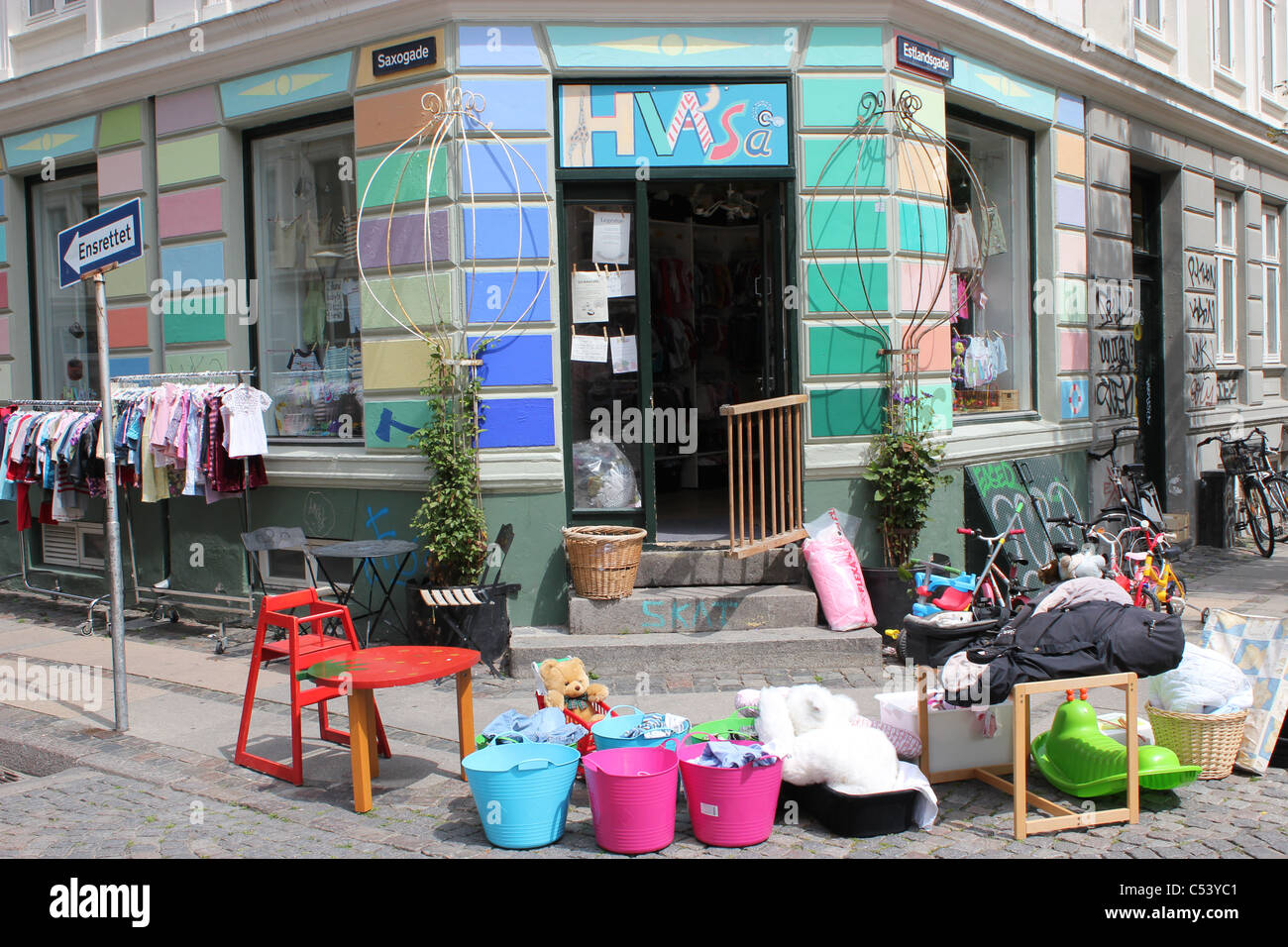 67c30a0e2 Secondhand shop selling children´s clothes and toys in Vesterbro ...