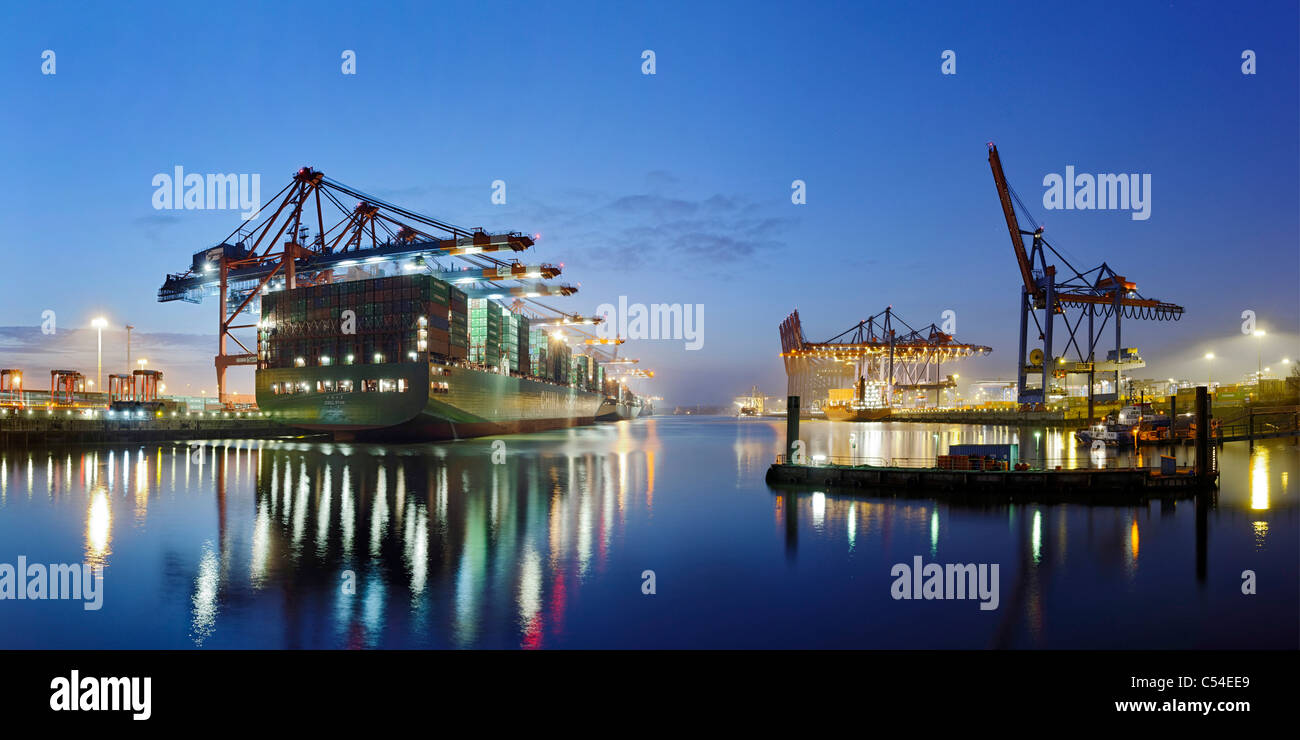 Container ship CSCL STAR Hong Kong, one of the largest container ships in the world, Eurokai Container Terminal, - Stock Image