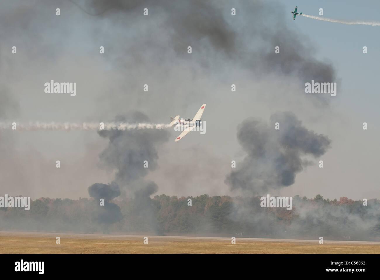 Mitsubishi A6M Zero demonstrating at an airshow, Arkansas, USA - Stock Image
