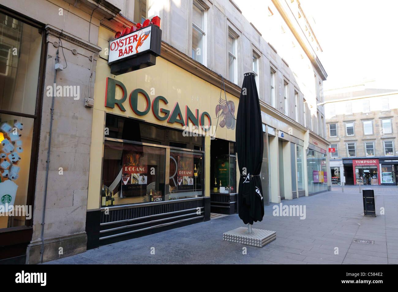 rogano-oyster-bar-restaurant-sign-C584E2.jpg