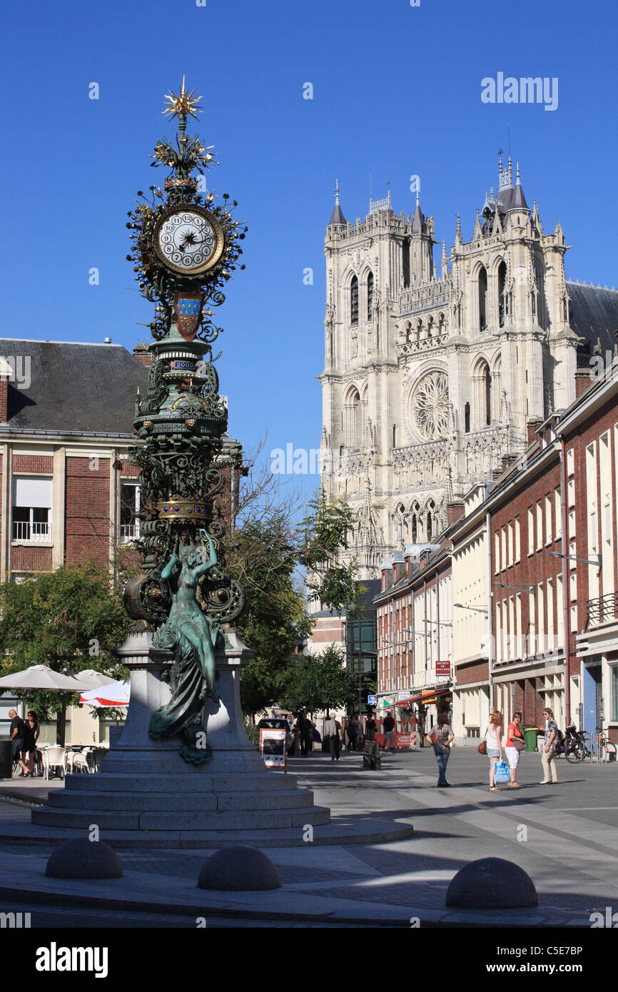 amiens-dewailly-clock-and-gothic-notre-d