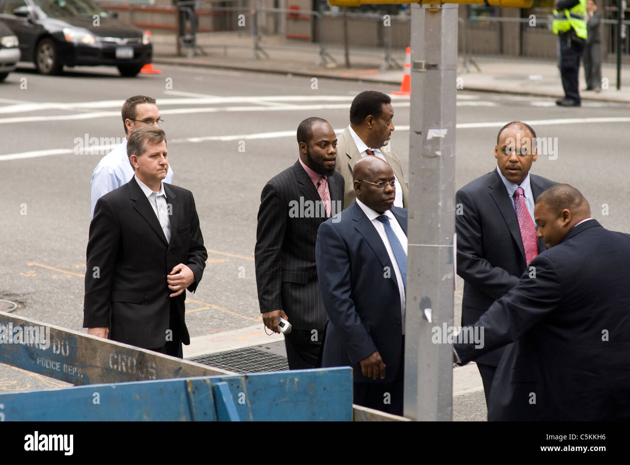 Wyclef Jean heads to a meeting with Libyan dictator Moammar El-Gadhafi & Louis Farrakhan, New York City. © - Stock Image
