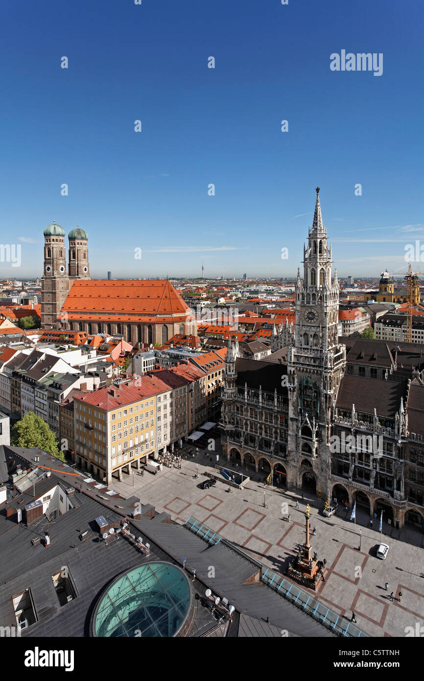 Germany, Bavaria, Munich, Marienplatz, Cathedral townhall, View from steeple of St. Peter - Stock Image