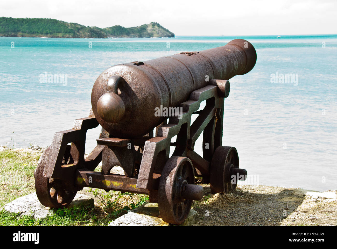 Cannon overlooking St John's Harbor from Fort James, Antigua - Stock Image