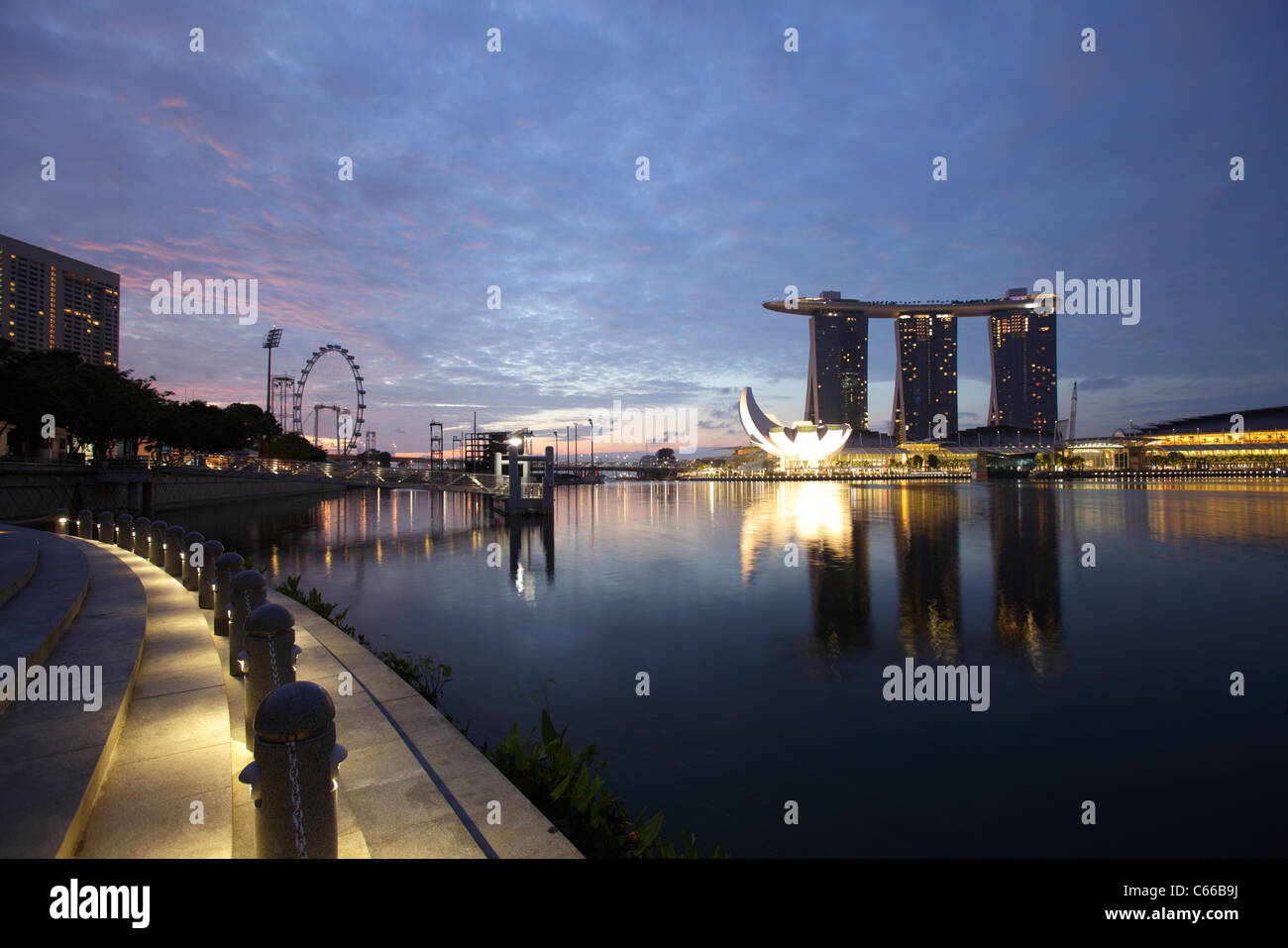 View of the the bay and the Marina Bay Sand Hotel, Singapore - Stock Image