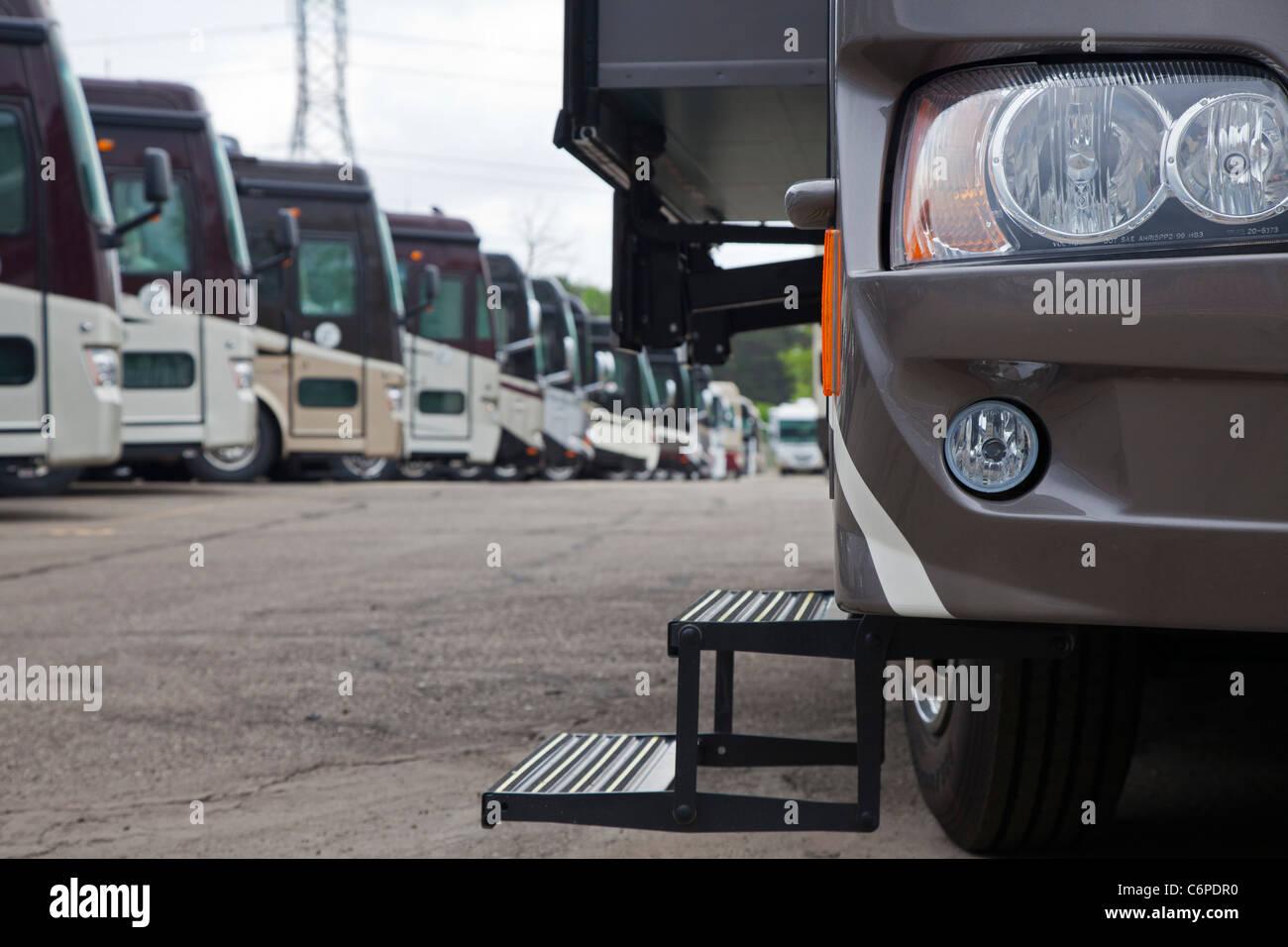 Luxury Vehicles Stock Photos & Luxury Vehicles Stock Images - Alamy