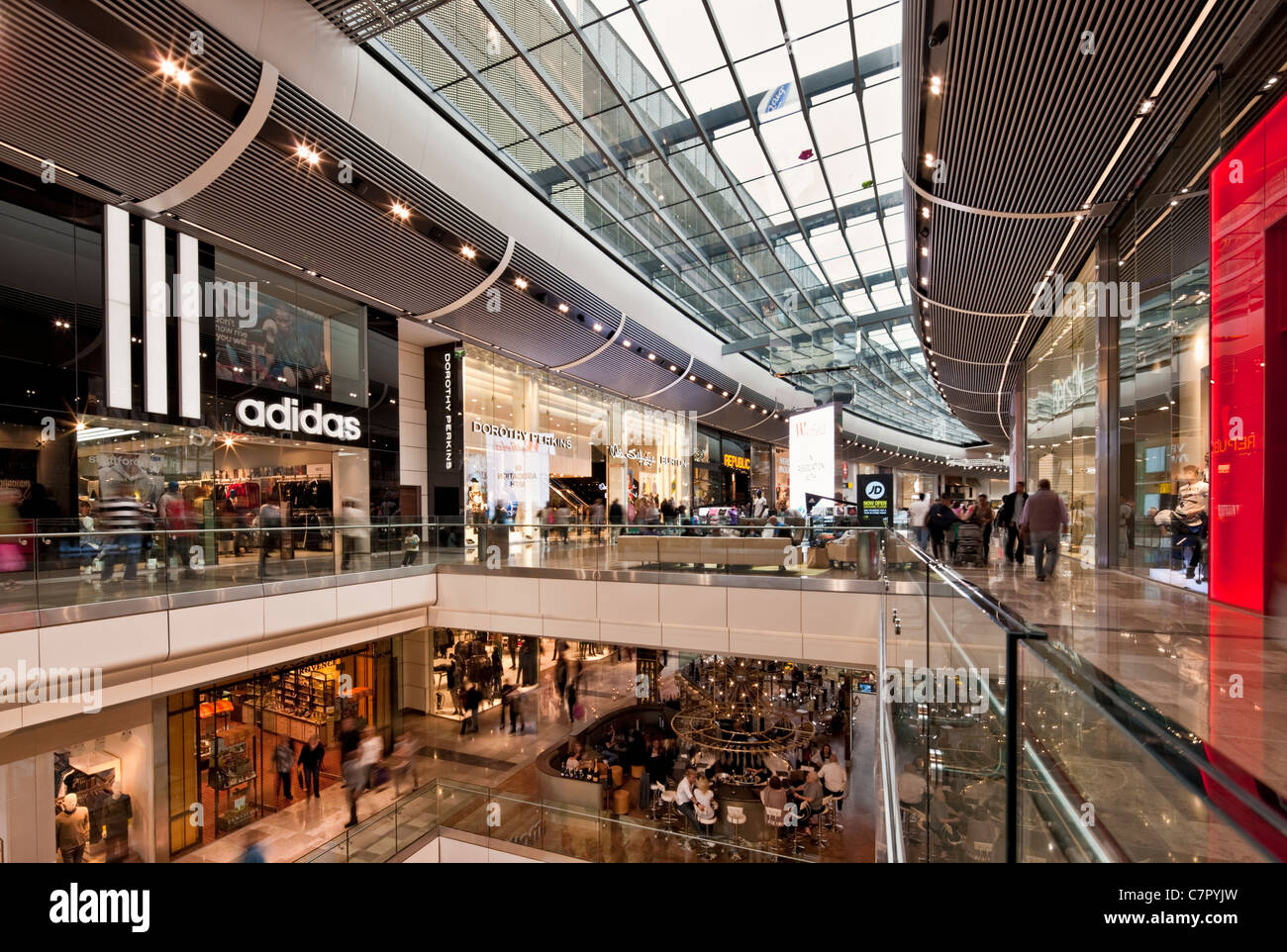 Westfield Shopping Centre - Stratford Stock Photo  39227969 - Alamy 5d8865ab5