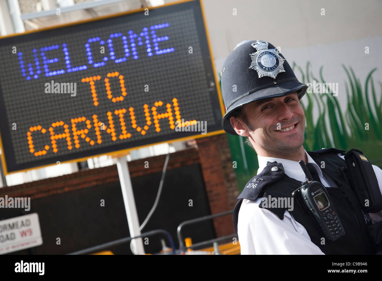 Notting Hill Carnival, Children's Day, friendly policeman Stock Photo