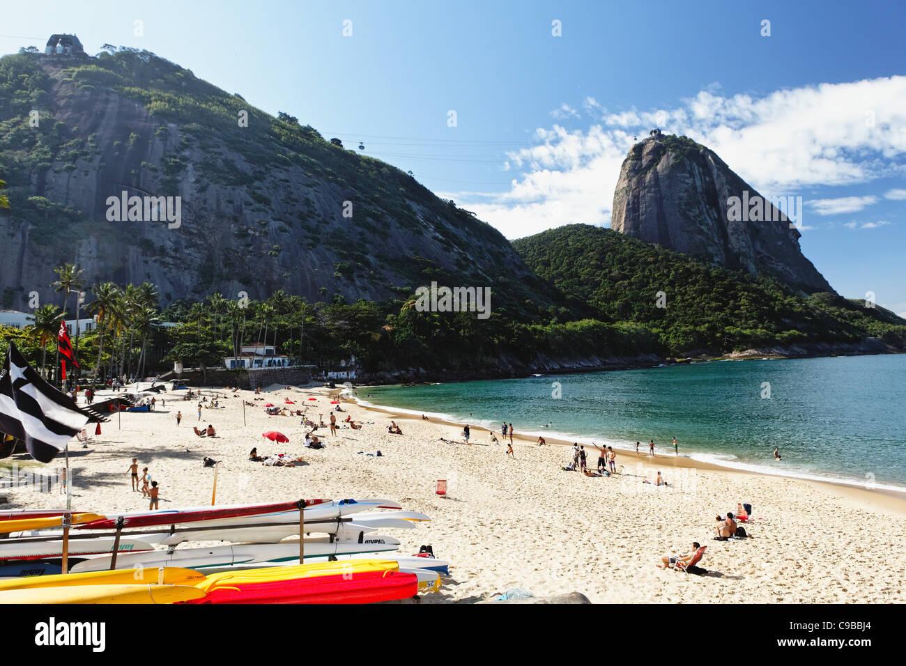 View of Sugarloaf Mountain from Vermelha Beach, Rio de Janeiro, Brazil - Stock Image