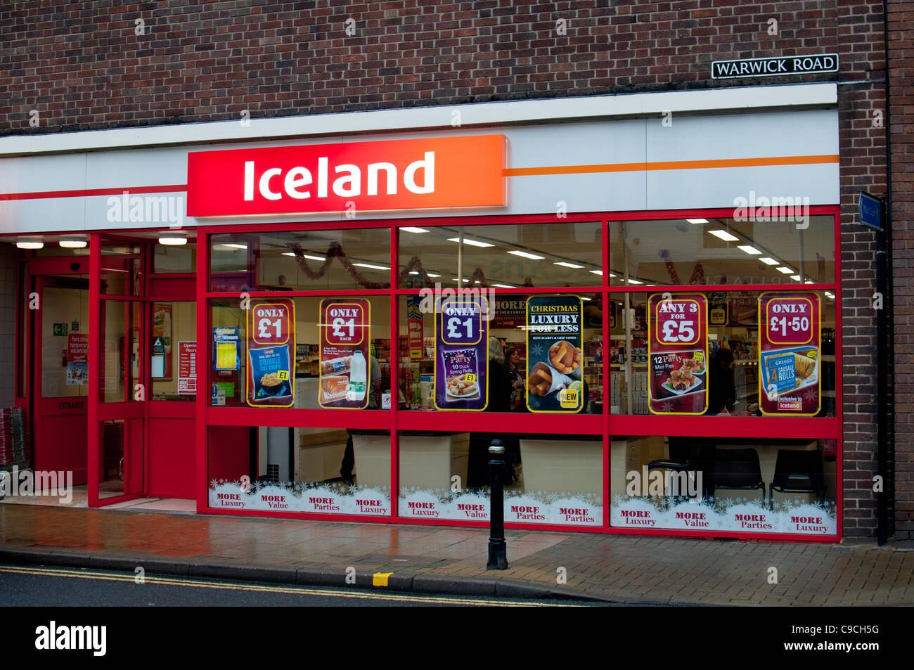 Iceland freezer centre, Kenilworth, England, UK Stock Photo