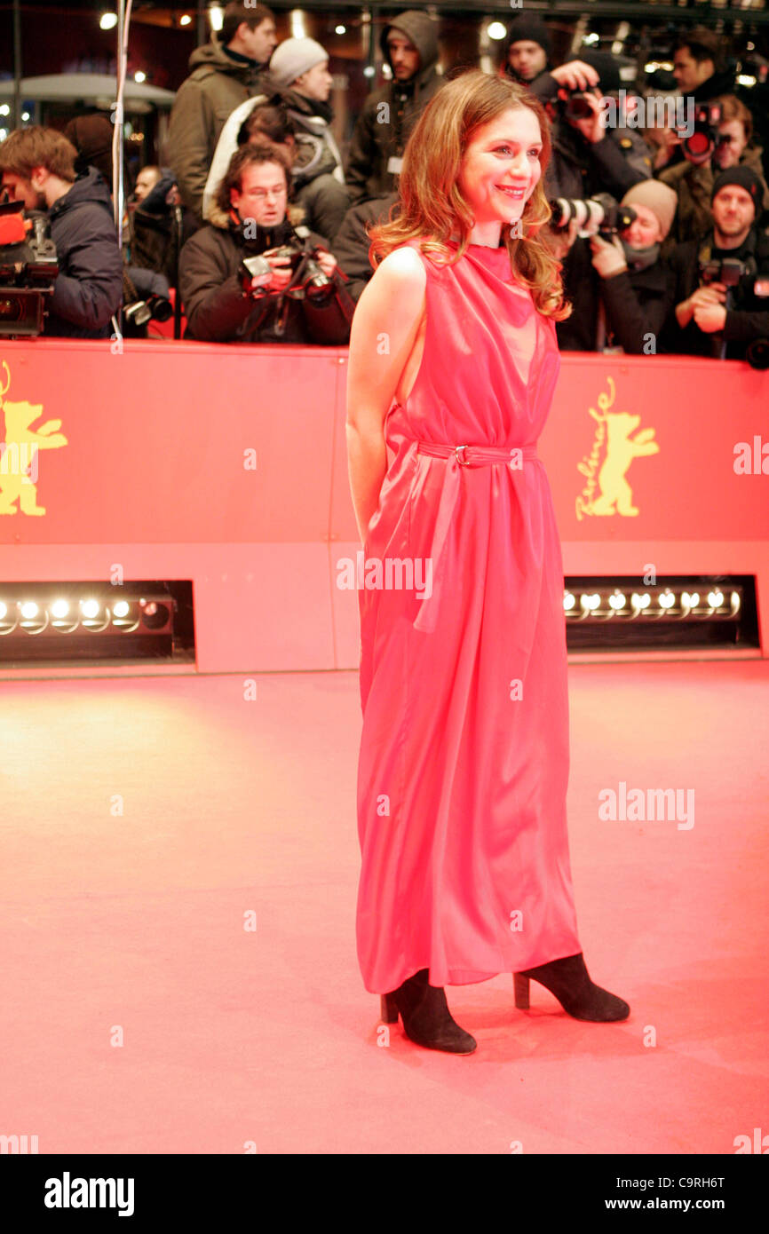 Feb. 13, 2012 - Berlin, Germany - Actress ISABELLA RAGONESE arrives for the screening of the film ''Jayne - Stock Image
