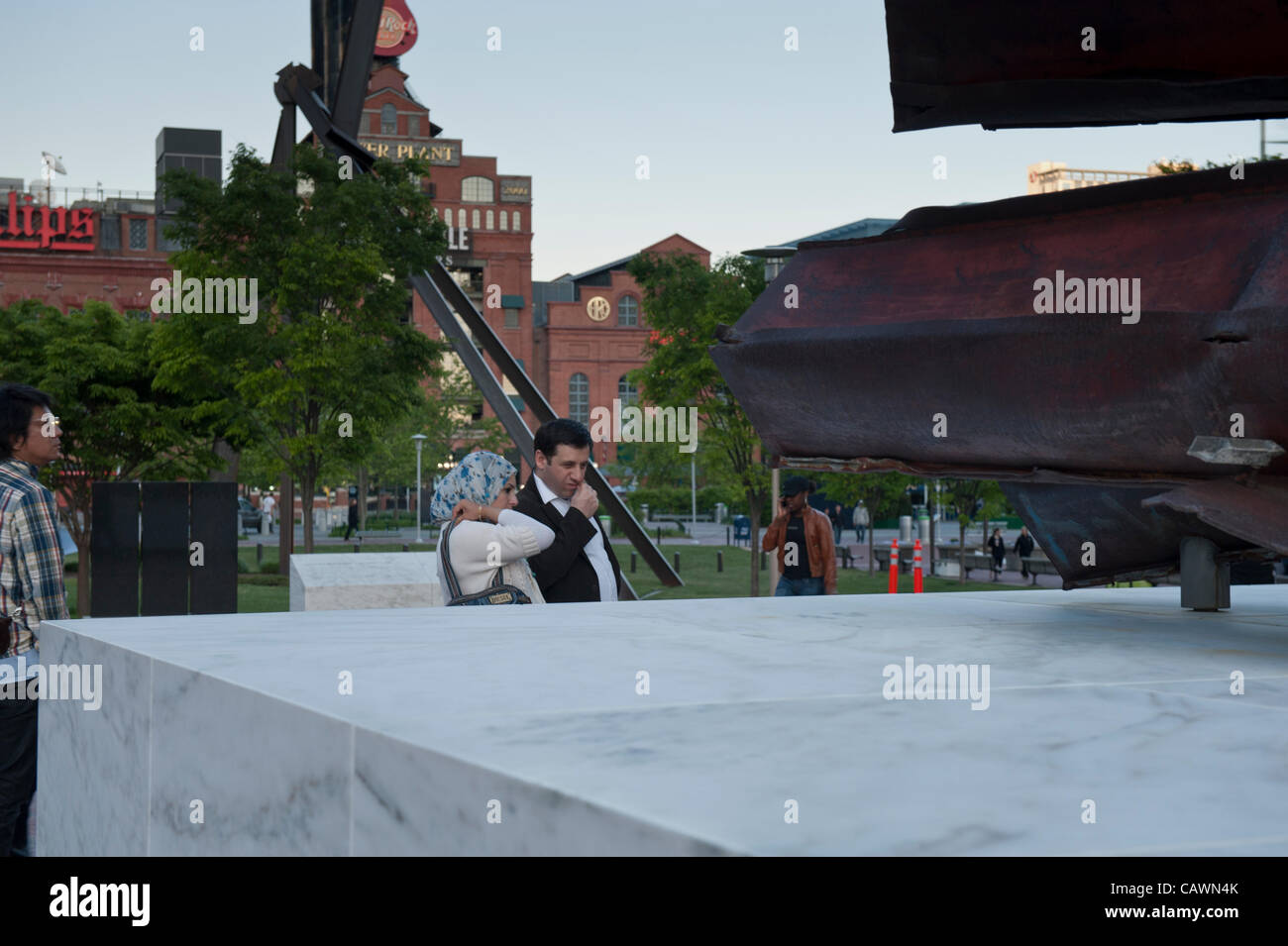 baltimore-usa-27-april-2012-people-viewing-one-of-the-911-memorials-CAWN4K.jpg