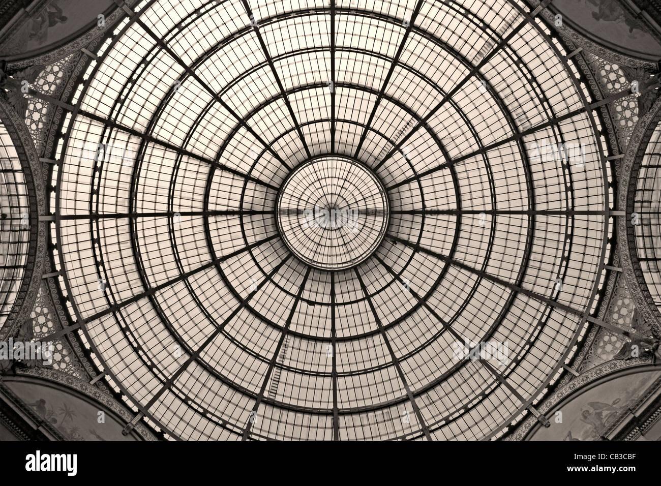 Milan - glass cupola of Vittorio Emanuele galleria - Stock Image