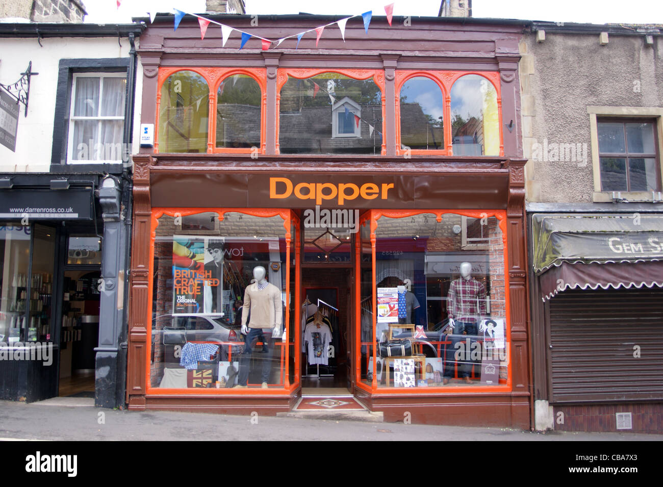 dapper-shopfront-of-gents-outfitters-clitheroe-lancashire-CBA7X3.jpg