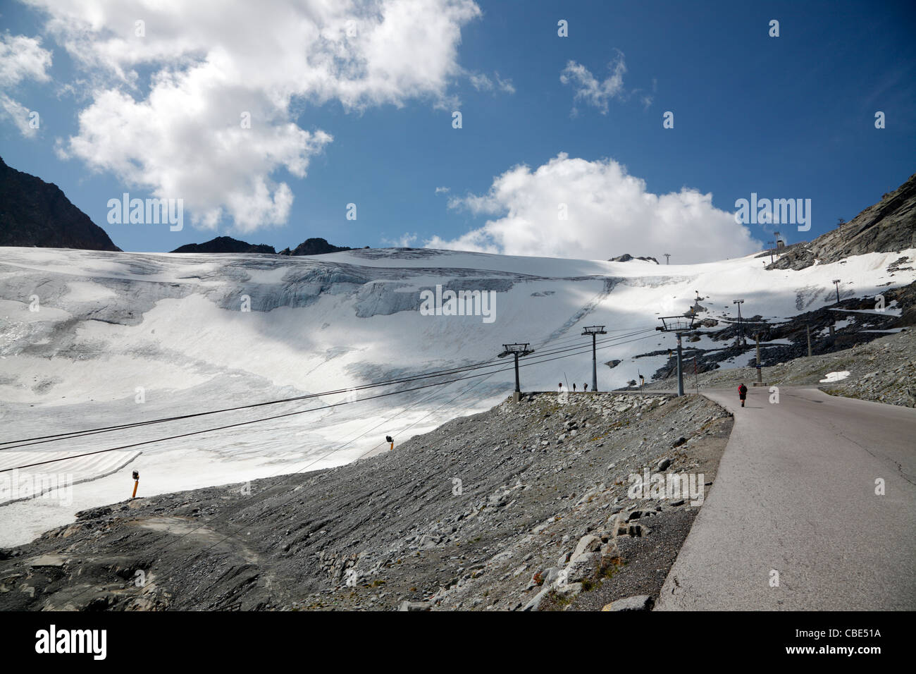 the-rettenbach-glacier-in-slden-tirol-au