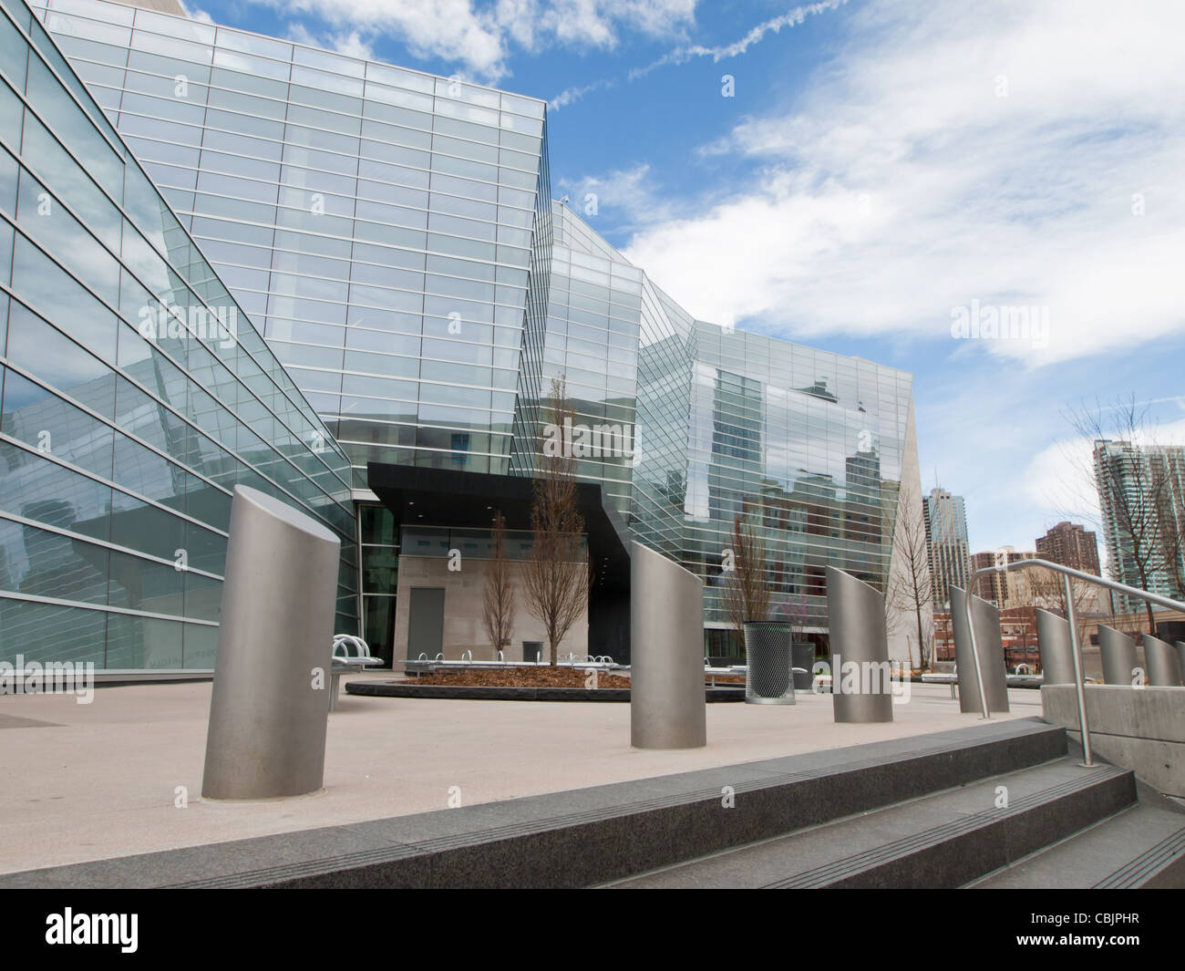 Exterior elevation of the Lindsey-Flanigan Courthouse in Downtown Denver. - Stock Image
