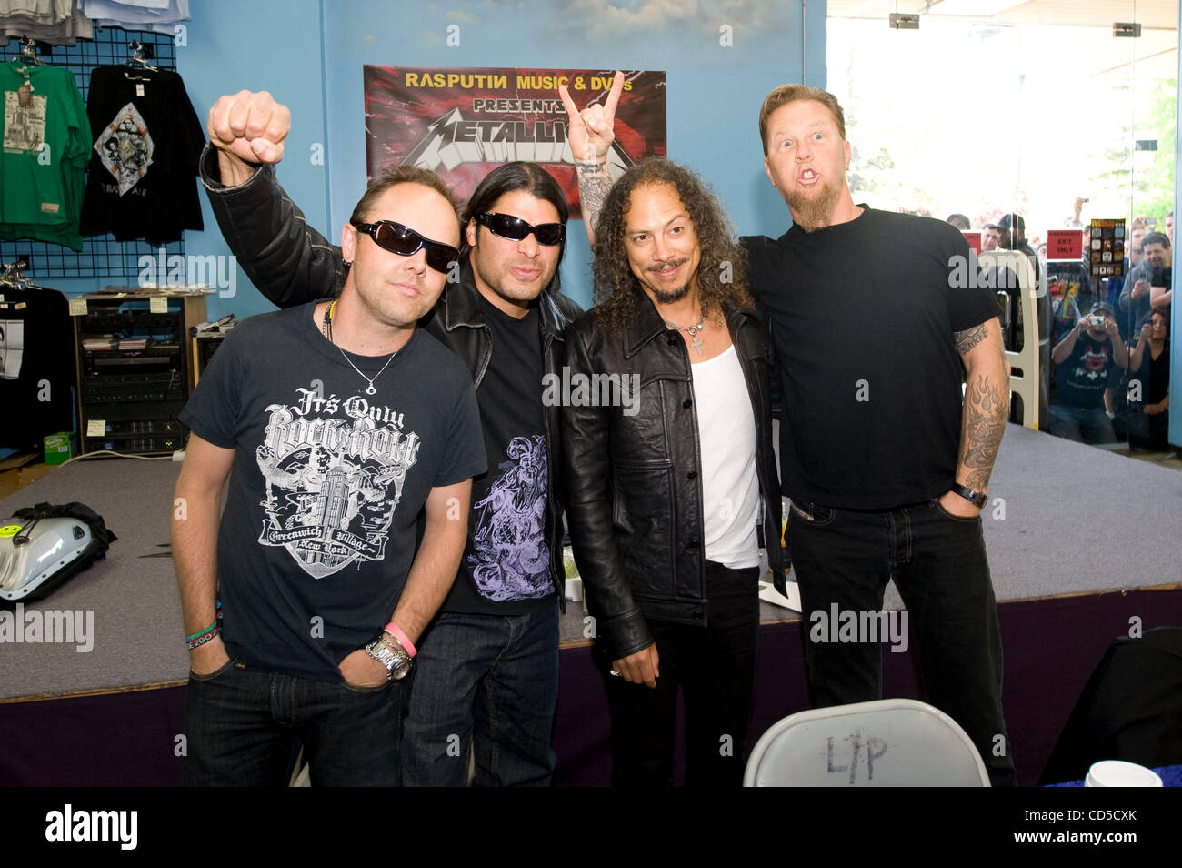 Apr 19 2008 mountain view california usa the heavy metal band apr 19 2008 mountain view california usa the heavy metal band metallica officially launched record store day with an in store signing and fan meet m4hsunfo Gallery