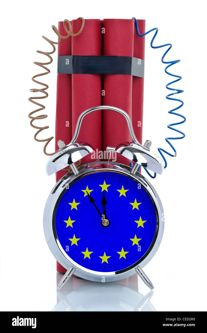 Time bomb, alarm clock attached to dynamite sticks, symbolic image, crisis in Europe - Stock Image