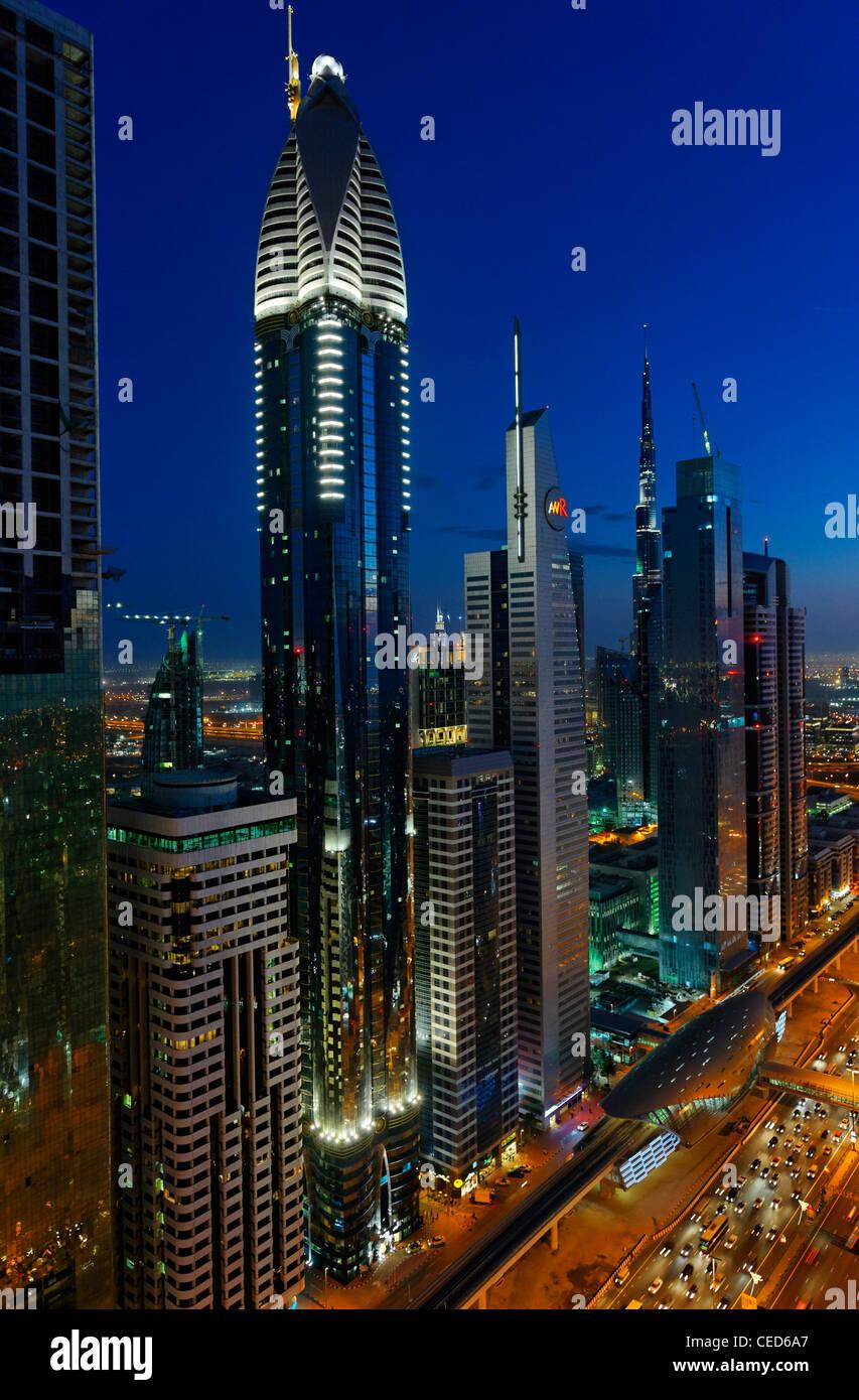 Evening at the Persian Gulf, traffic, city, downtown Dubai, Dubai, United Arab Emirates, Middle East - Stock Image