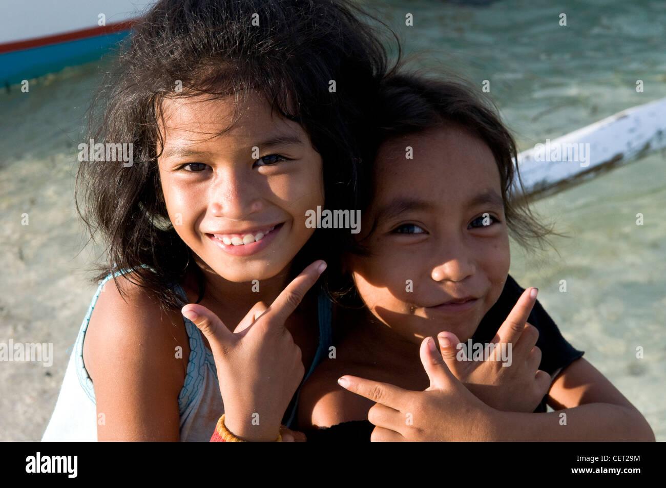 Cute filipino girls in cebu stock photo 43554608 alamy cute filipino girls in cebu thecheapjerseys Choice Image