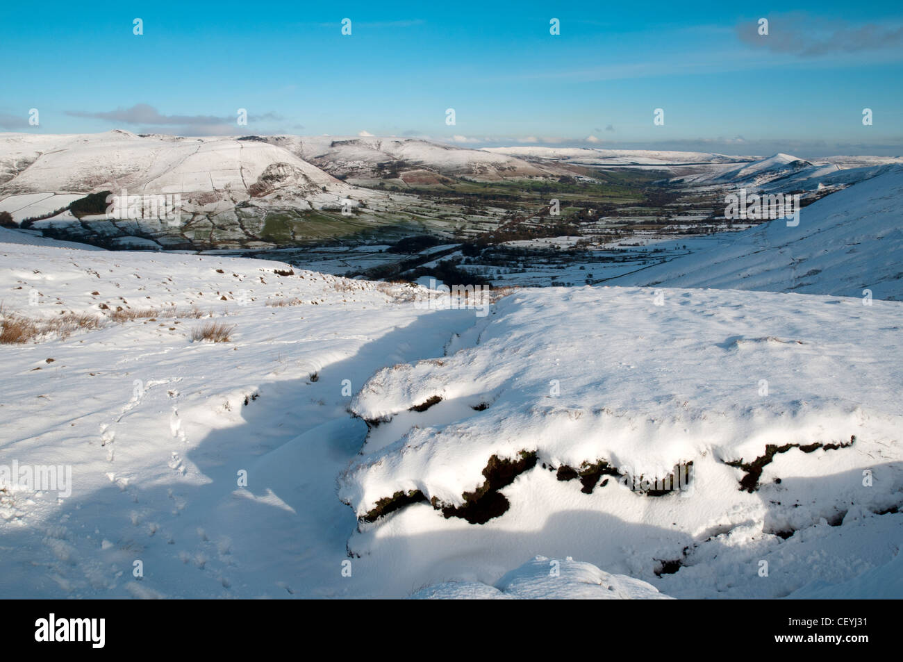 Edale from Brown Knoll in winter.  Peak District, Derbyshire, England, UK. - Stock Image