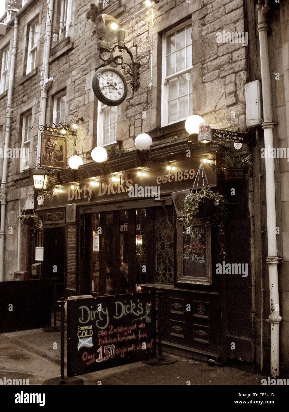 Dirty Dicks pub,Rose,Street,Edinburgh,new,town,Scotland,in,the,Evening,dusk,lights,on,drinking,place,pub,establishment,gotonysmith,sepia,old,world,classic,whisky,trial,trail,dirt,dick,est,1859,good,places,tourist,places,to,see,dirty,dicks,pub,rose,st,Edinburgh,gotonysmith,Buy Pictures of,Buy Images Of
