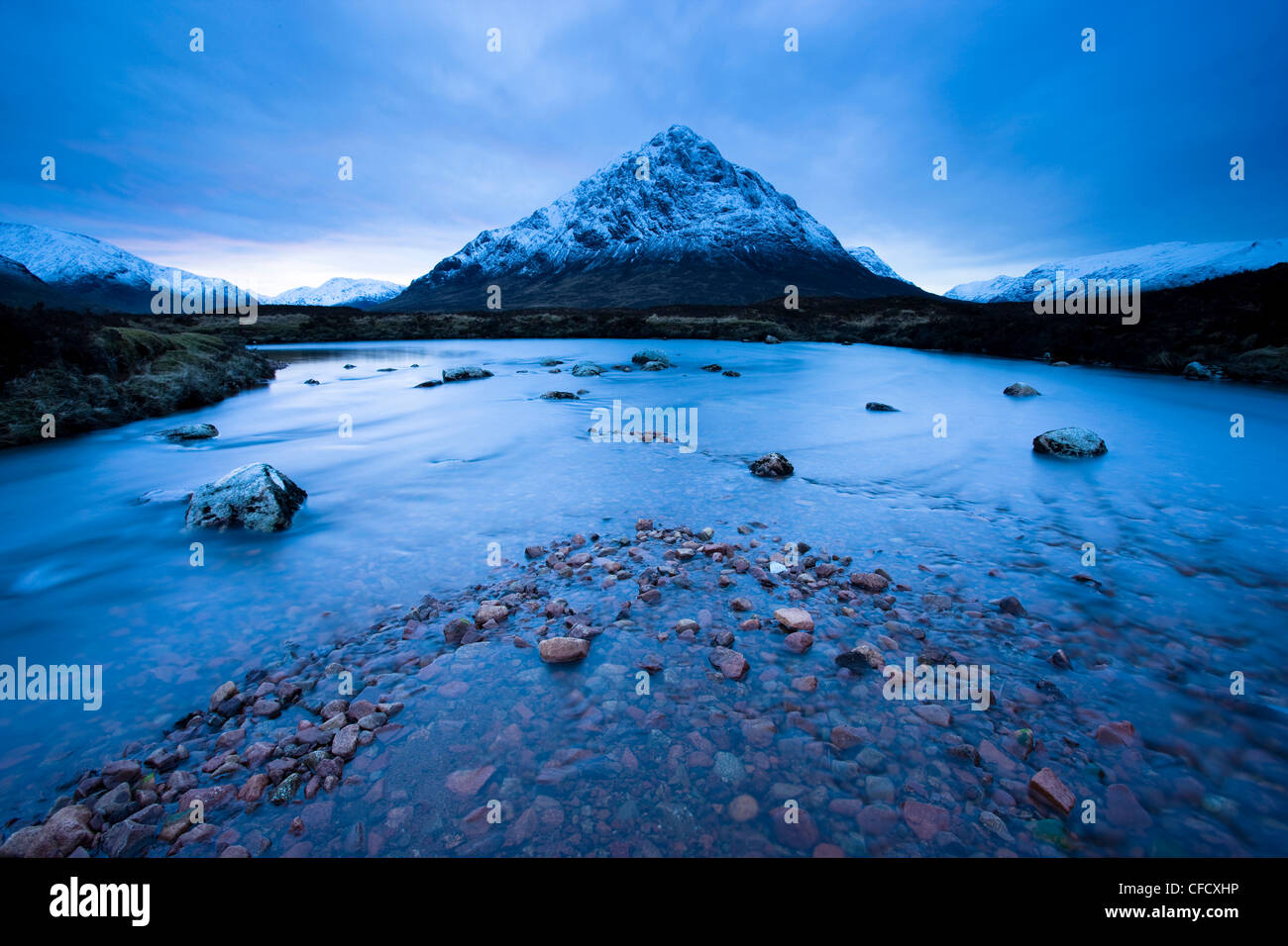 Twilight view of Buachaille Etive Mor and the River Etive, Rannoch Moor, Highland, Scotland, United Kingdom, Europe - Stock Image