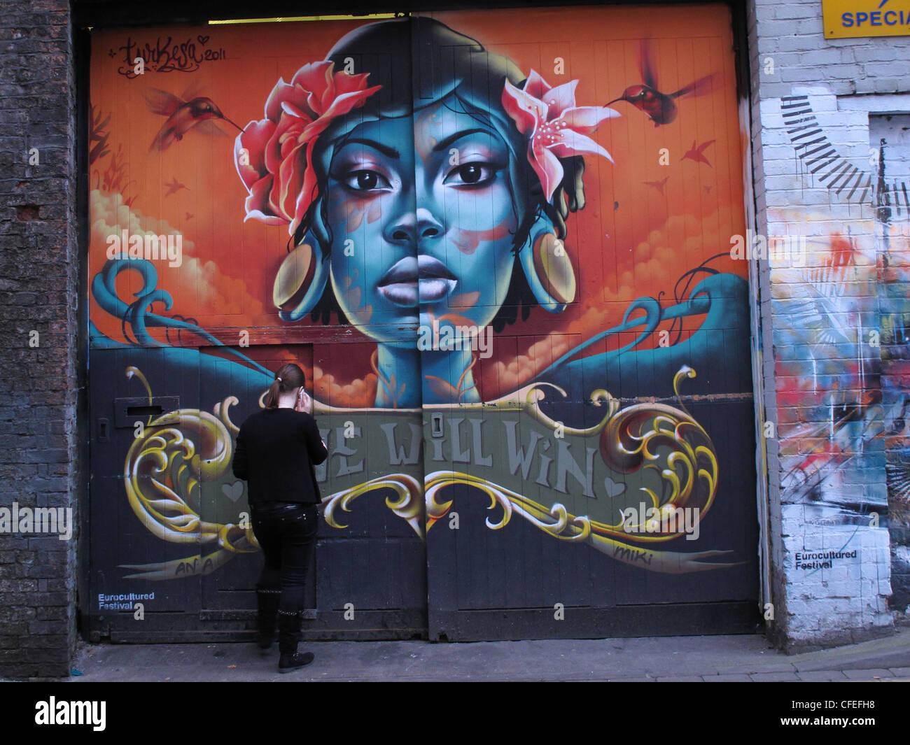 Inner,City,Manchester,Graffiti,New,wakefield,street,under,railway,arches,gotonysmith,girl,lady,drawing,femail,door,walking,in,female,woman,entry,entrance,GB,UK,Great,Britain,British,graffitti,grafitti