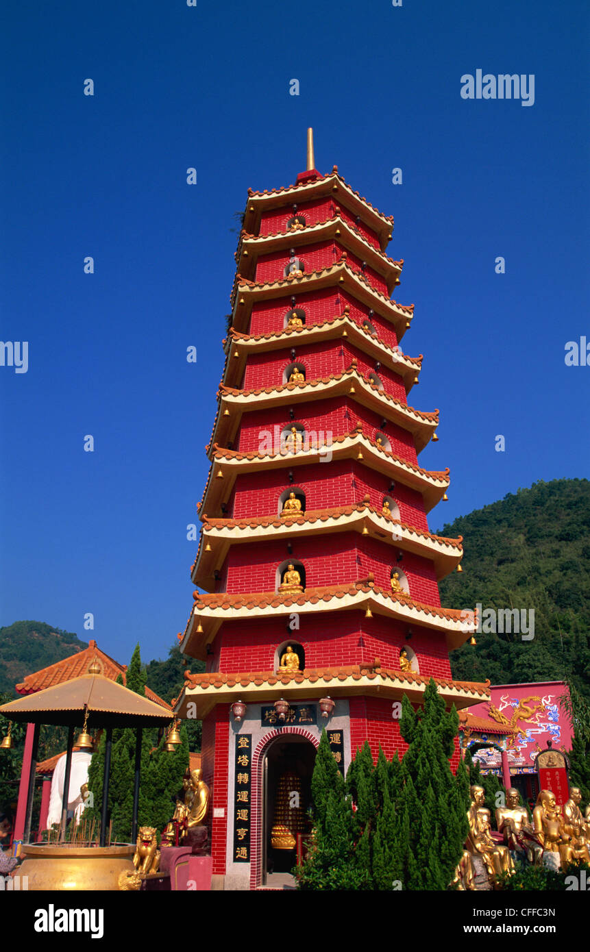 China, Hong Kong, New Territories, Sha Tin, Ten Thousand Buddha Monastery Pagoda - Stock Image